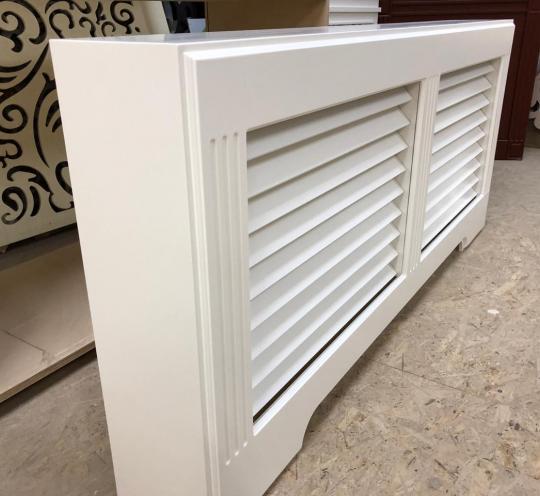 Декоративный экран с коробом для отопительного радиатора