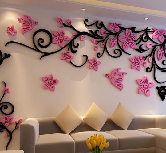 Красивая настенная композиция из объемных цветов
