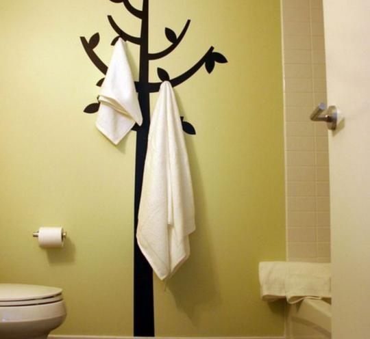 Стильная вешалка для ванной комнаты