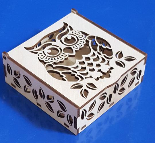 Квадратная резная шкатулка «Сова» из фанеры