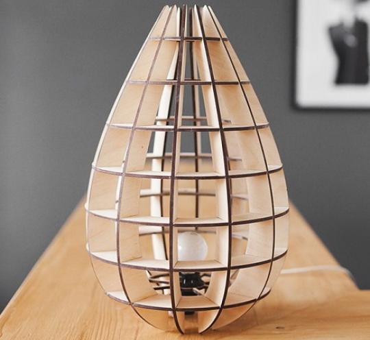 Шикарный светильник из дерева