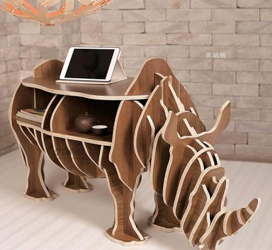 Оригинальная объемная фигура полка – носорог