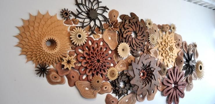 Коралловый риф из дерева