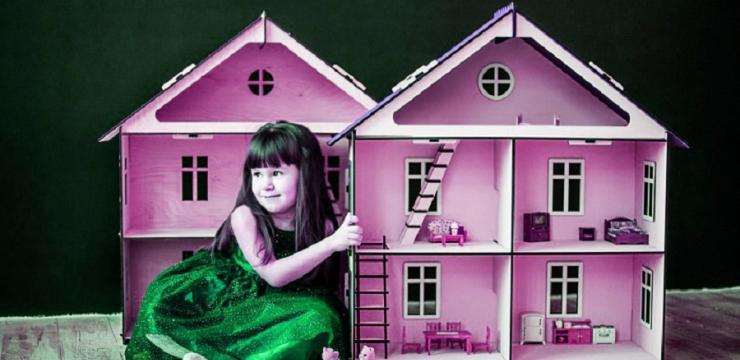 Оригинальный кукольный домик