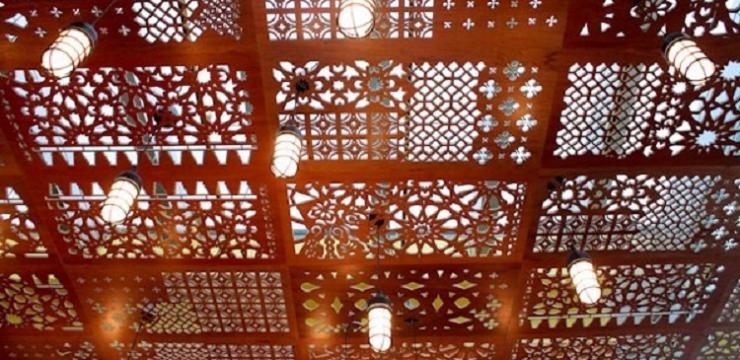 Шикарный потолок для гостиной
