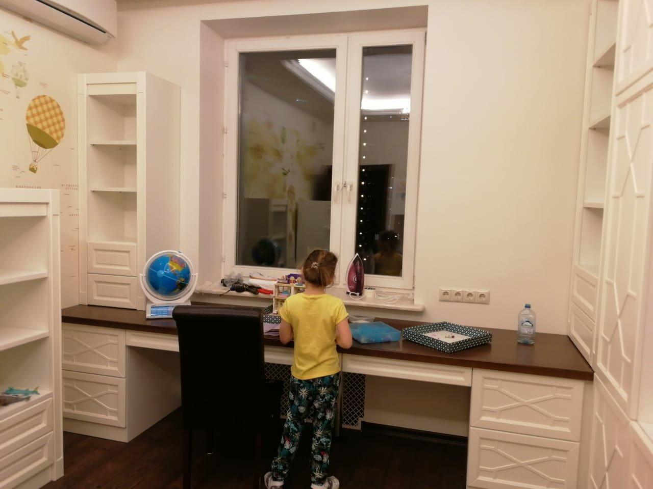 Мебель для детской из дерева