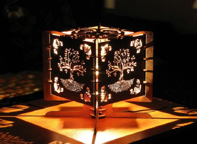 Эксклюзивная настольная лампа