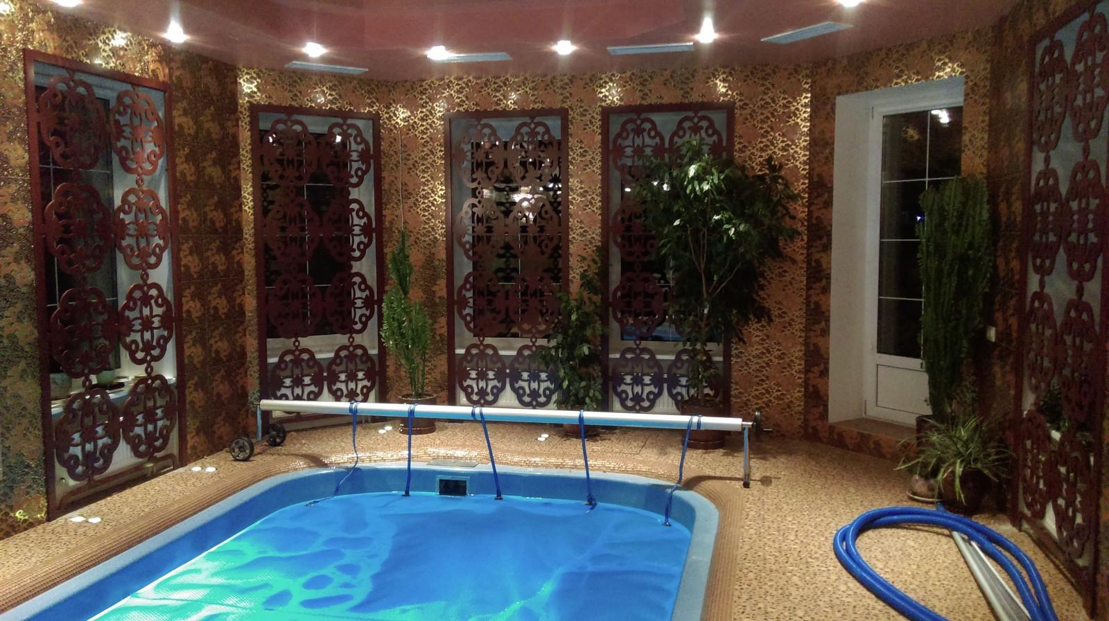 Элегантные ширмы для бассейна