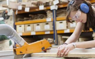 Производство декоративной мебели для дома