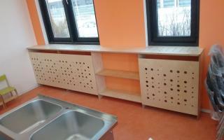 Изготовление полок в зоне радиатора отопления