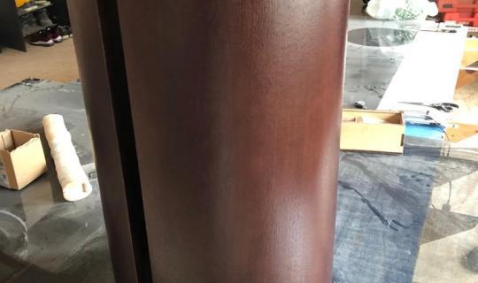 Круглая тумба в шпоне под раковину